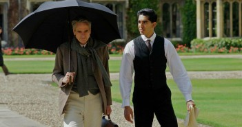 """Image from the movie """"The Man Who Knew Infinity"""""""