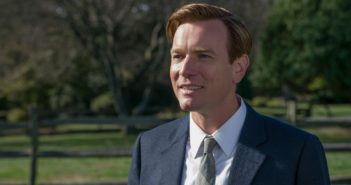 """Image from the movie """"American Pastoral"""""""
