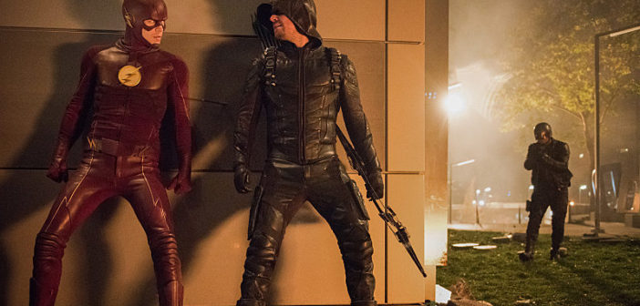 """'The Flash' 3.08 """"Invasion!"""" Review – The Aliens Have Landed"""