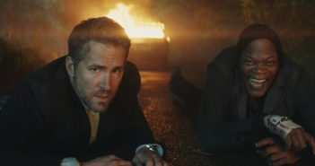 'The Hitman's Bodyguard' Review: Ryan Reynolds and Samuel L. Jackson Make Quite The Duo